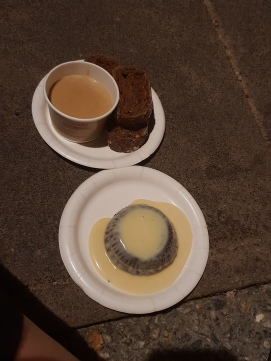 Ireland: Cheese & stout dip with brown bread, 10/10 & warm chocolate pudding with custard, 8/10